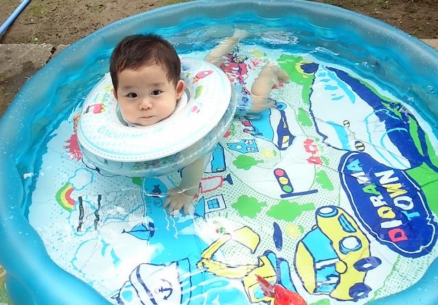プール,赤ちゃん,8ヶ月